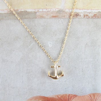 tiny anchor necklace in gold or silver
