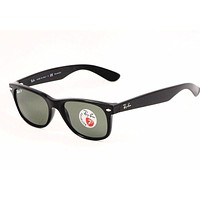 Ray Ban New Wayfarer RB2132 2132 901/58 Black RayBan Polarized Sunglasses 52mm