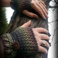 Crochet Fingerless Gloves, Wrist Warmers, Dragonskin Fingerless Mittens, Steampunk Fingerless Mitts