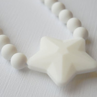 Chew Necklace for Kids/100%Food Grade Silicone/Fidget Sensory Necklace/ White Star