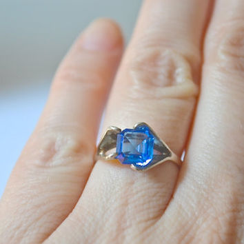 Sapphire Blue Ring, Crystal Ring, Size 6 Rings, Silver Ring, Sterling Silver Ring, Sterling Ring, CZ Ring, Sapphire Ring, Vintage Ring
