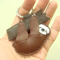 Binny the Sloth leather keychain ( Dark Brown )