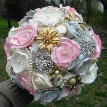 "Brooch Bouquet, Custom, Vintage, Bridal, Classy, 8"" Brooch Bridal, Fabric Flower Bouquet, Weddings, Pink, Silver, Ivory"