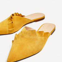 LEATHER MULES WITH FRILL