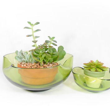 Green Chip and Dip Bowl Set Salad Green Glass Bowls Anchor Hocking Accent Modern