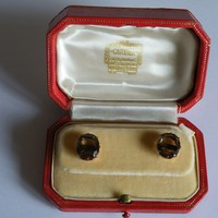 A LOVELY PAIR OF CARTIER BOXED TOPAZ AND 14 CARAT GOLD SCREW ON STUD EARRINGS