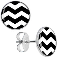 Black White Chevron Stud Earrings | Body Candy Body Jewelry