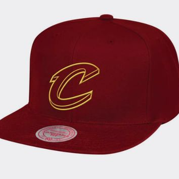 Cleveland Cavaliers Mitchell & Ness NBA Raised Perimeter Snapback Cap