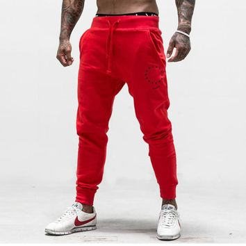 2018 autumn winter new men cotton Brand Sweatpants Casual fashion trousers male gyms Fitness Bodybuilding workout Pencil Pants