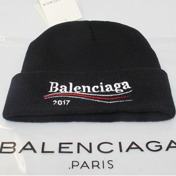 Balenciaga men and women winter warm big embroidery wild wool hat Black