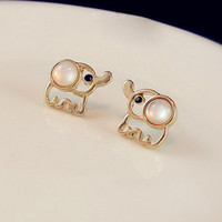 SakuraShop — Cute Elephant Studs
