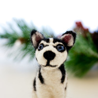 Siberian husky ornament, Needle felted husky, Miniature husky, Miniature dog figurine, Siberian husky art
