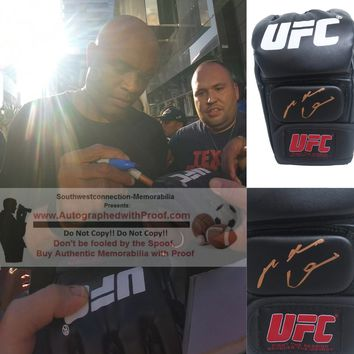 Anderson Silva Autographed UFC Ultimate Fighting Championship Glove, Proof Photo