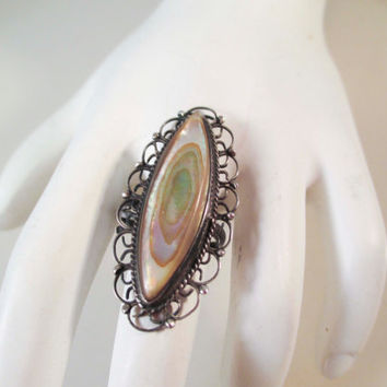 Taxco Sterling Silver Mother of Pearl Size 5 Ring