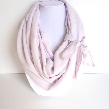 SALE Lilac Infinity Scarf. Purple Scarf. Spring Summer Scarf. Mother's Day Gift. Fashion Accessories.