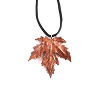 Wood Jewelry, Wood Pendant, Wooden Leaf Pendant, Leaf Necklace, Carved Leaf Pendant, Leaf Jewelry, Wood Carved Pendant, Wooden Leaf Necklace