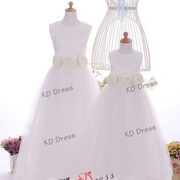 20% OFF Ivory Tulle Skirt Satin Flower Girl Dress Toddler Birthday Party Dress With Sash/Flower  (Z1043)