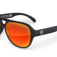 Supercat Sunglasses: Black