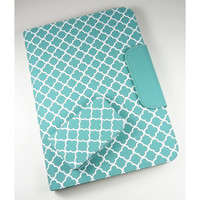 Puregear 10 inch Tablet Case universal folio and business card holder in teal green quatrefoil pattern
