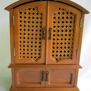 Camel Back Jewelry Chest Rattan Lattice Doors Vintage Unique Wood Jewelry Box Armoire