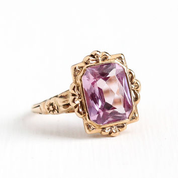 Vintage 10k Rosy Yellow Gold Art Deco Created Color Change Pink Purple Sapphire Ring - 1930s Size 6 1/4 Art Deco Flower Fine Jewelry