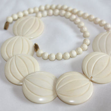 Vintage Celluloid Necklace 1940s Jewelry Boho Beach Collar