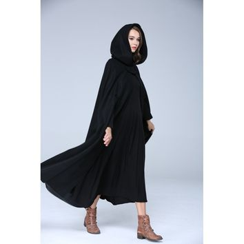 100%  wool hooded cloak in black