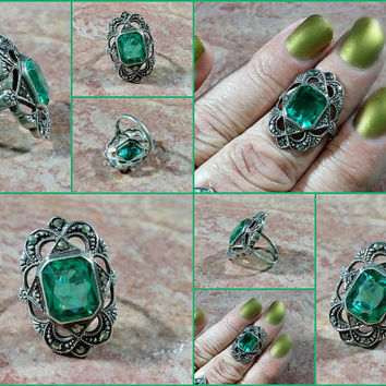 Vintage Sterling Ring Silver Antique Style Emerald Green Stone Marcasites Sparkling Fun Fashion 925 Delightful Standout Color Glass Gemstone