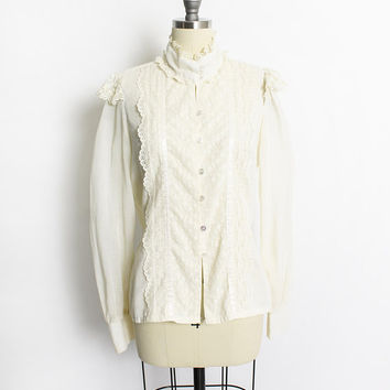 Vintage 1970s GUNNE SAX Blouse - Ecru Cotton Lace Button Up Peasant Top - Small / Medium