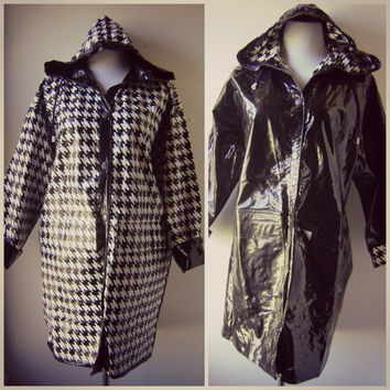 80s HOUNDSTOOTH reverisble raincoat vintage 1980s black and white slicker jacket vinyl rain coat spring outerwear size m medium hoodie coat