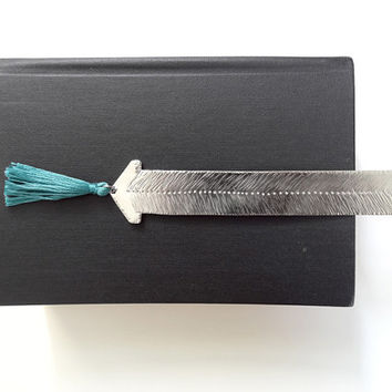 teal funky arrow bookmark with colorful tassels, silver bookmark, unique gift idea, geometric bookmark, ooak bookmark, feather, dotted line