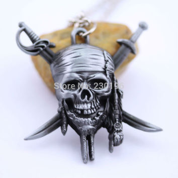 2015 New Arrival Pirates of the Caribbean Skull and Crossbones Necklace Captain Jack Sparrow Pendant Vintage Antique Silver