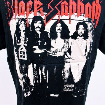 Retro BLACK SABBATH Heavy Metal Music Tee T-Shirt Large