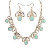 Scallop Statement Necklace Set