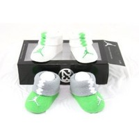 Nike Air Jordan Newborn Infant Baby Booties Socks w/Air Jordan Logo Size 0-6 Months