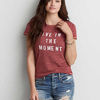 AEO LIVE IN THE MOMENT GRAPHIC T-SHIRT