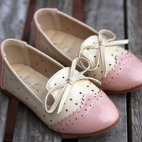 Spectator Oxford Flats ~ Pink