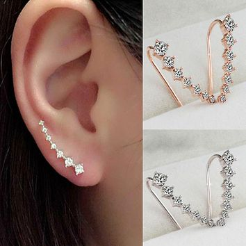 2017 Luxury Punk Crystal Earrings Hoops Fashion Simple Design Geometric Dipper Hook Stud Earrings for Women Jewelry Accessories