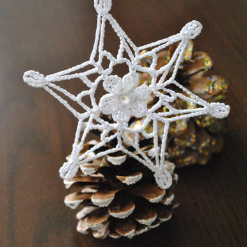 Crochet snowflake,Christmas decoration,Winter Hanging ornament,Wedding Gift,Crochet ornaments,White crochet snowflakes,Handmade ornaments