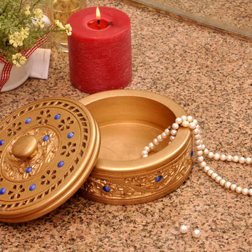 A Beautiful Round Wooden Hand-carved Jewelry Box in Gold Color - Perfect Gift for Women - Ready to Ship