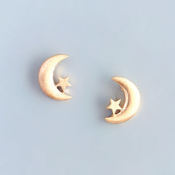 Darling Moon Earrings