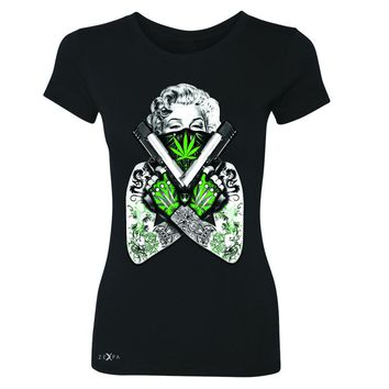 Zexpa Apparel™ Marilyn Monroe Weed Bandana Women's T-shirt American Beauty Guns Tee