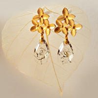 Golden Gray Swarovski Earrings, Gold Flower Earrings, Bridal Jewelry, Evening Earrings, Teardrop Earrings, Elegant Earrings, Nature Jewelry