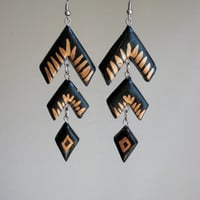 Geometric Boomerang Black and Gold Earrings