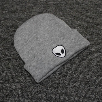 Autumn Winter Knitted Beanie Womens & Mens Alien Embroidery Wool Cap Solid Gray Colored Cuffed Skully Hat