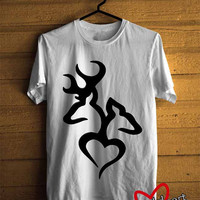 Men T-shirt : Love Browning Deer