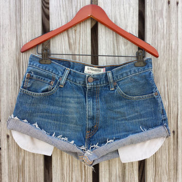 LEVI'S High Waisted Denim Shorts - Levi 505 High Waist Jean Shorts - Size 31 or 6 / 8