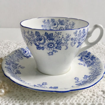 Shelley Blue Rose & Daisy Tea Cup and Saucer