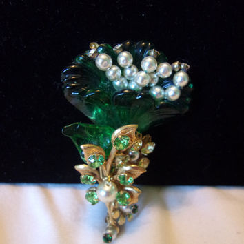 Miriam Haskell Vintage Flower Brooch Emerald Green Molded Glass Faux Pearl Vintage Gold Plate Pin