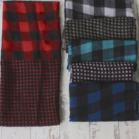 Checkers Fall Scarf